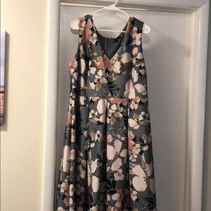 Size 18W Floral Lane Bryant Dress